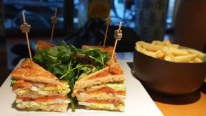 Club sandwich saumon